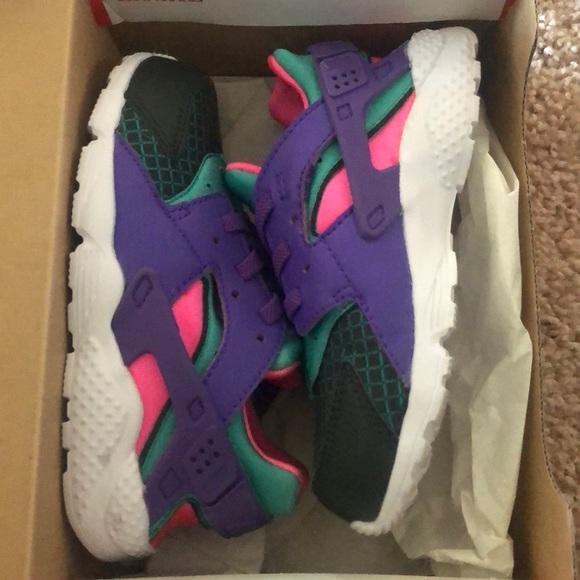 Nike Shoes | Huarache Run Now | Poshmark